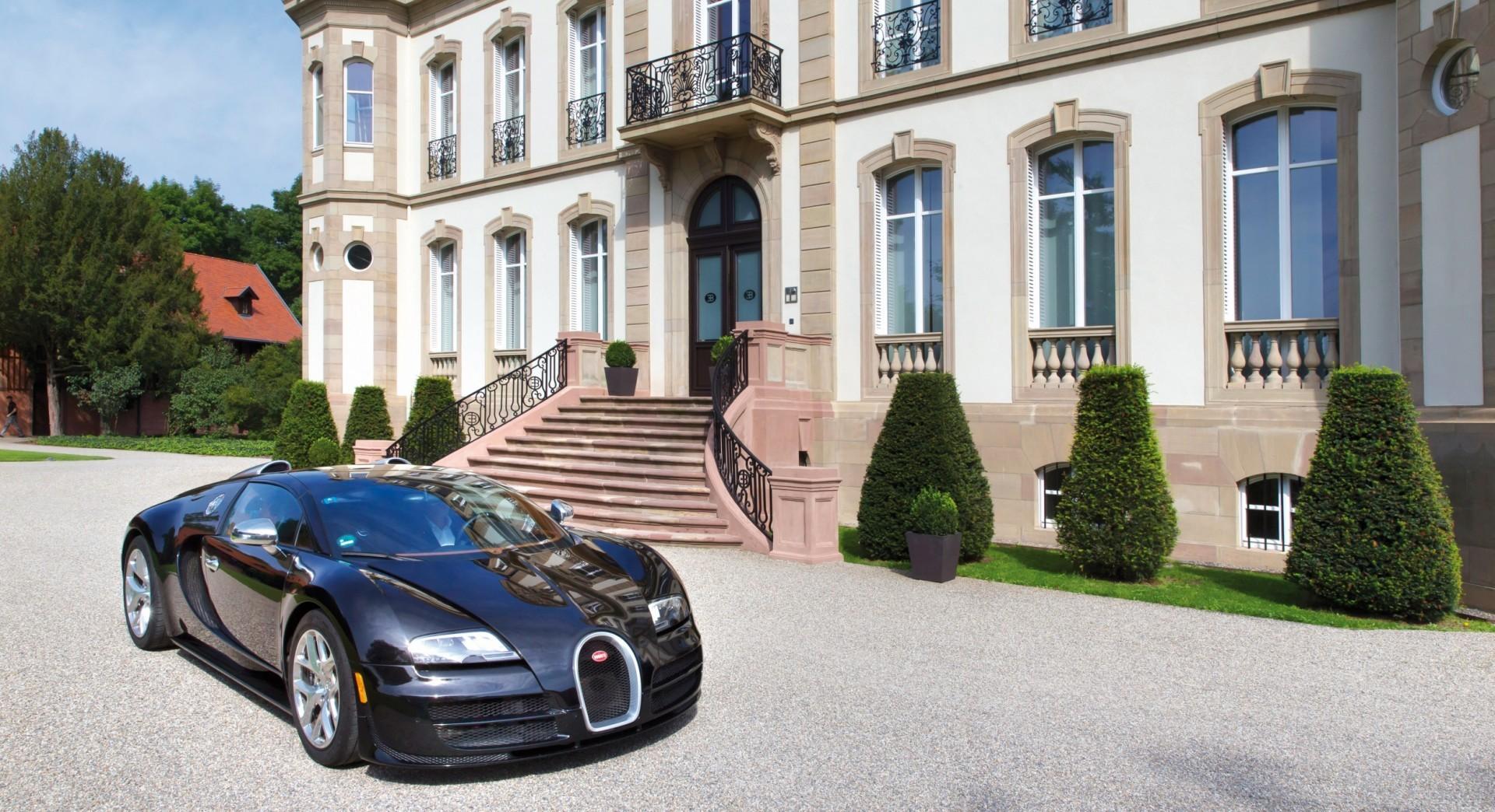bugatti_automobiles.jpg