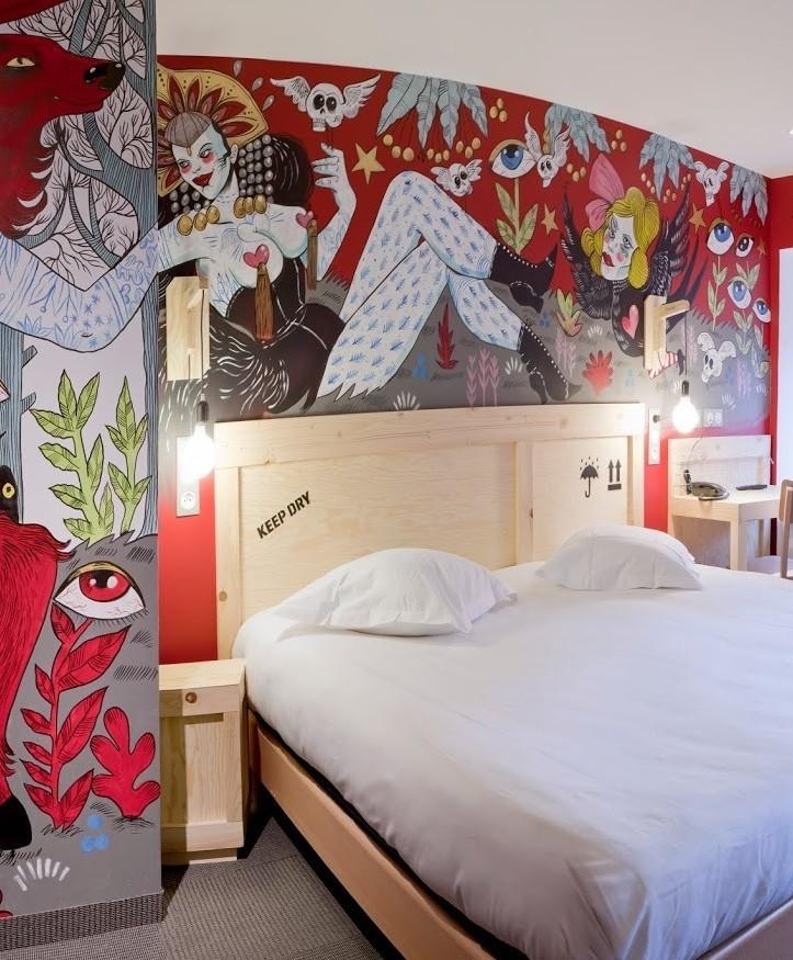 room_303_by_marie_meier_hotel_graffalgar_c_paola_guigou.jpg